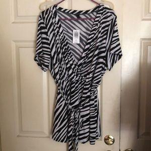 Torrid Zebra print Top Size 3 (Purchase Re-Sale)